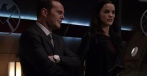 Coulson y los asgardianos es sinónimo de momentos muy cómicos