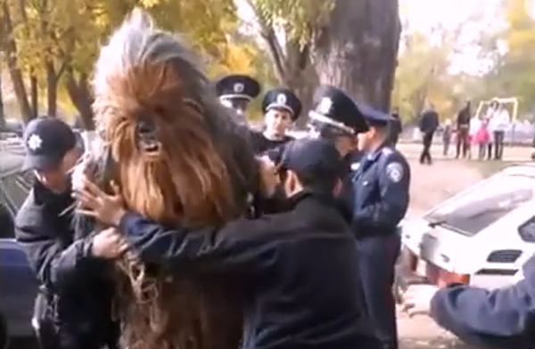 Chewbacca arrested Ucrania Star Wars