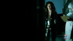 Gotham 2x06 Indian Hill Monster Woman Suit