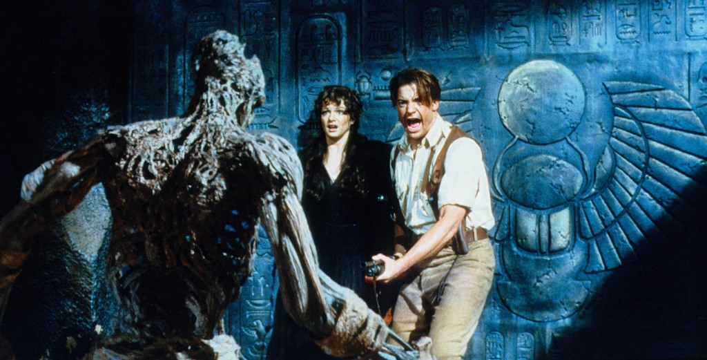 still-of-brendan-fraser-and-rachel-weisz-in-the-mummy-1999-large-picture