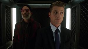Gotham 2x09 Gordon Elevator