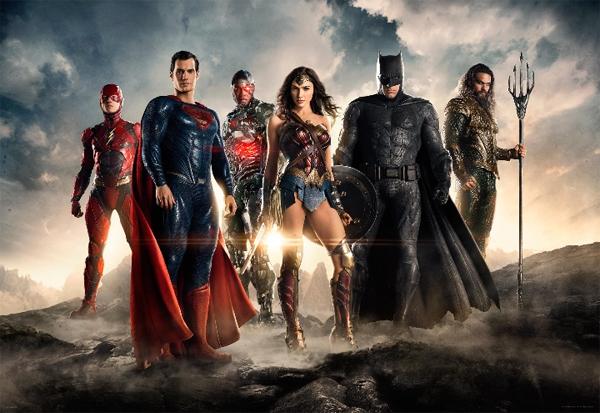 La Liga de La Justicia juntos
