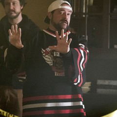 Kevin Smith dirigirá un episodio de Supergirl