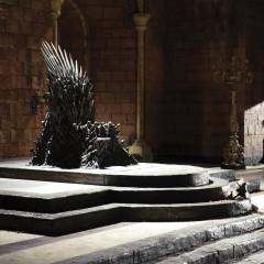 El Trono de Hierro llega a Sevilla al estrenarse Juego de tronos