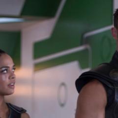 Chris Hemsworth y Tessa Thompson: los nuevos Men in black