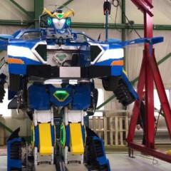 Japón presenta un Transformer real que se convierte en coche