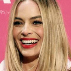 Margot Robbie será Barbie en la película de acción real
