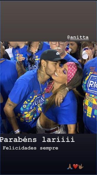 Novia De Neymar Relación Con Anitta Y Felicitación De