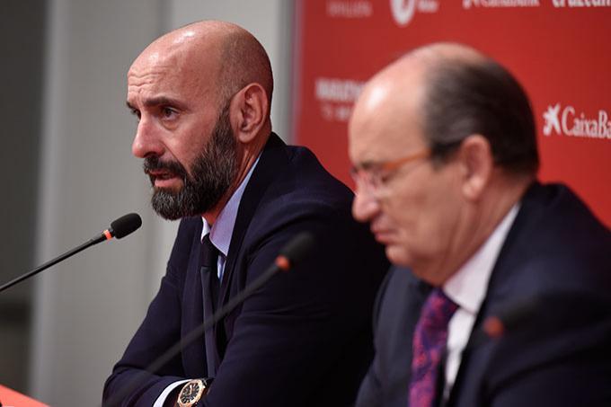 Monchi y Pepe Castro, durante una rueda de prensa (Foto: Kiko Hurtado).