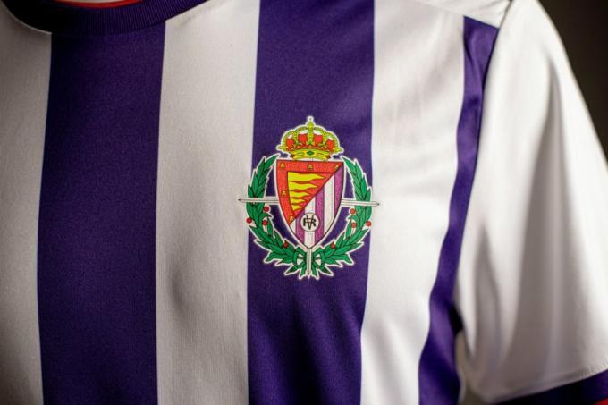 bastante barato nuevas imágenes de tienda en línea Equipación 2019/2020 Real Valladolid y Adidas | Descontento ...
