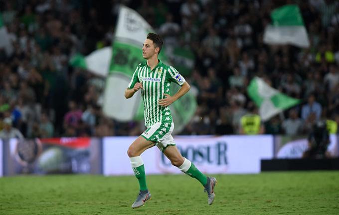 Resultado de imagen de Raul garcia Real Betis primer equipo