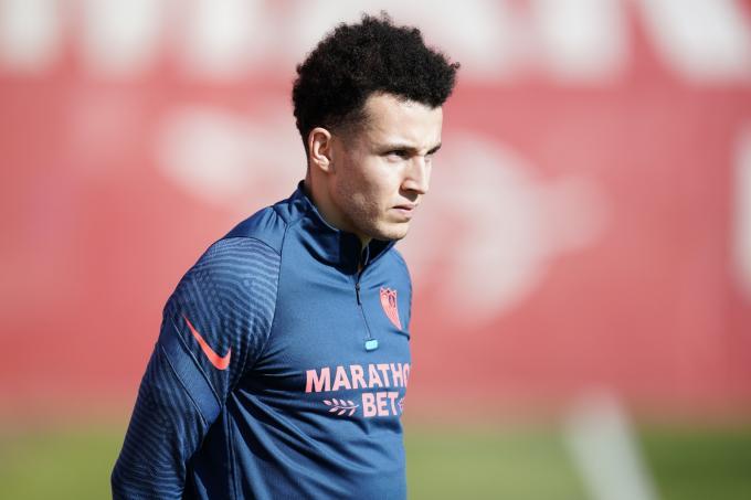 Idrissi, entrenando con el Sevilla (Foto: SFC).
