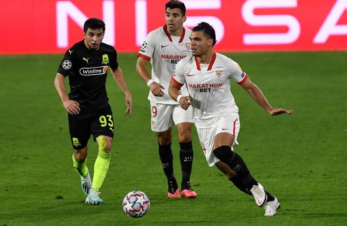 Rekik, en su debut con el Sevilla (Foto: Kiko Hurtado).