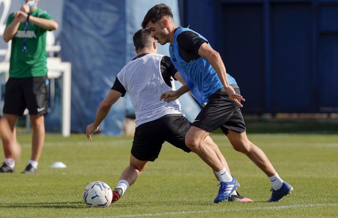 Jozabed sufre una contractura (Foto: Málaga CF).