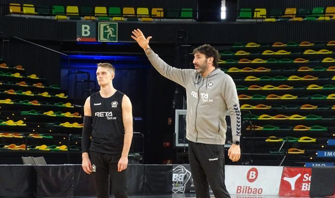 La covid aplaza la pelea por la salvación de Bilbao Basket