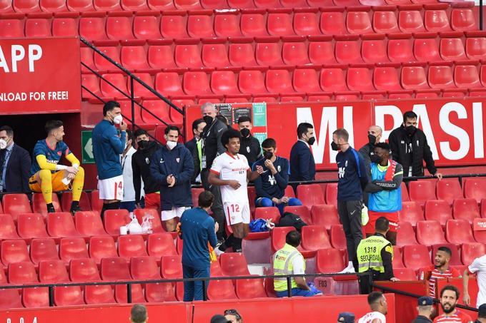 Koundé regresa al terreno de juego tras la polémica (Foto: Kiko Hurtado).