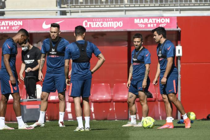 Entrenamiento Sevilla (Foto: Kiko Hurtado).