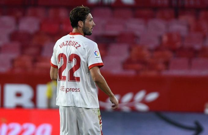 Mudo Vázquez durante su último partido con el Sevilla ante el Alavés (Foto: Kiko Hurtado).