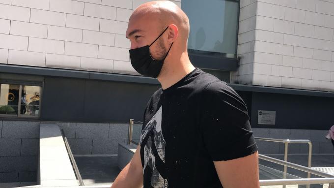 Dmitrovic, tras pasar el reconocimiento médico (Foto: Kiko Hurtado / ElDesmarque)