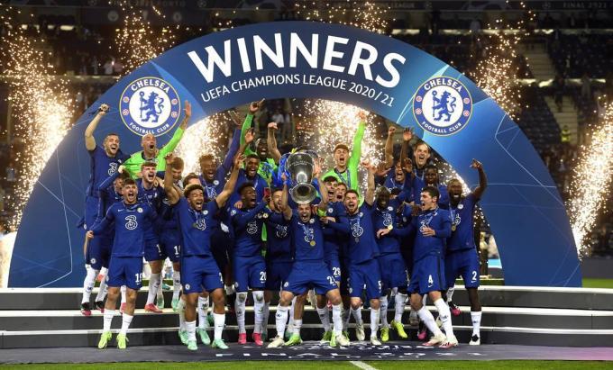 Los jugadores del Chelsea celebran la Champions League