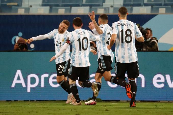 El 'Papu' celebra su gol ante Bolivia.  Foto: CONMEBOL
